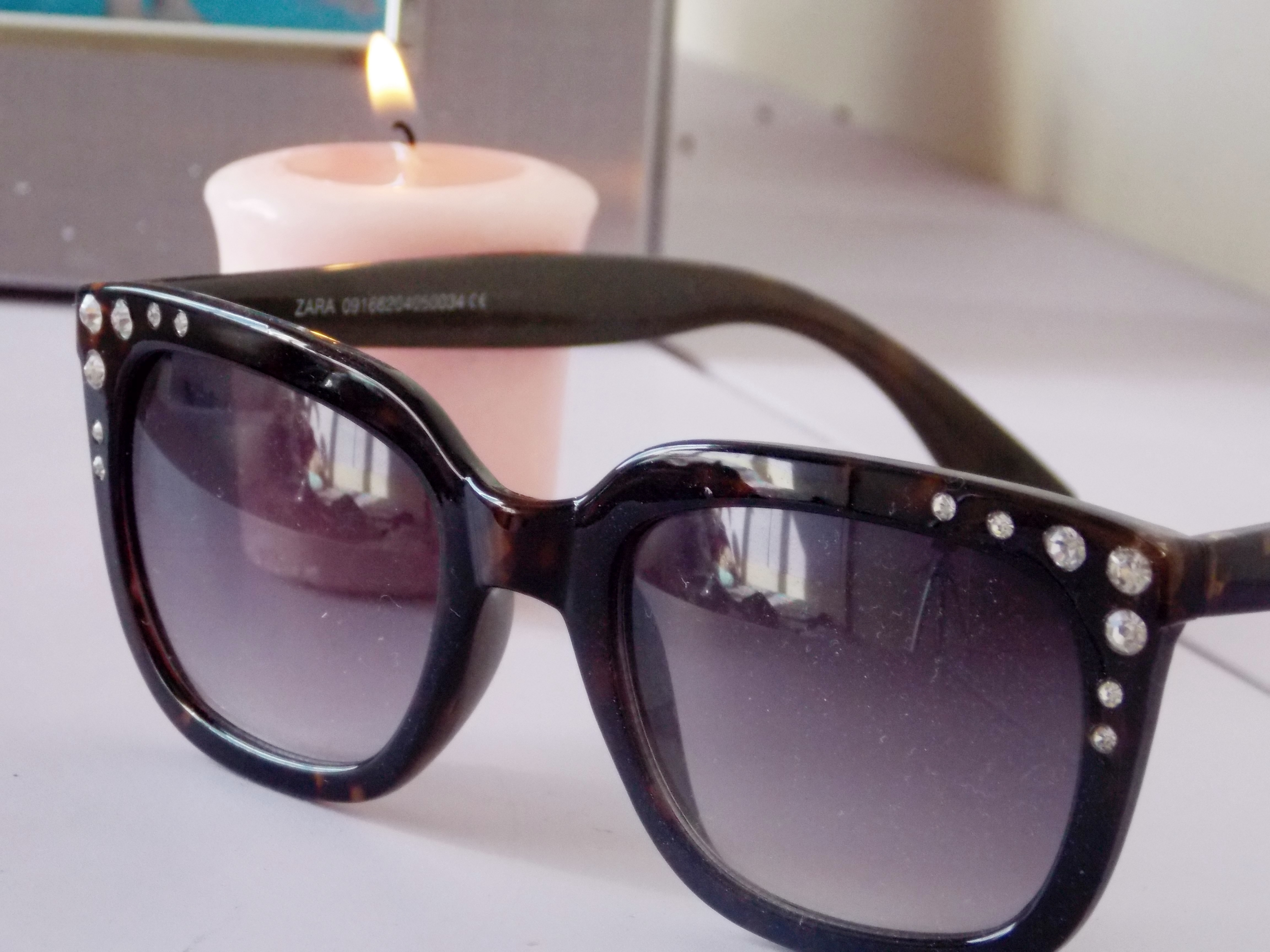 c8aeb229a615d Esse óculos é lindo também